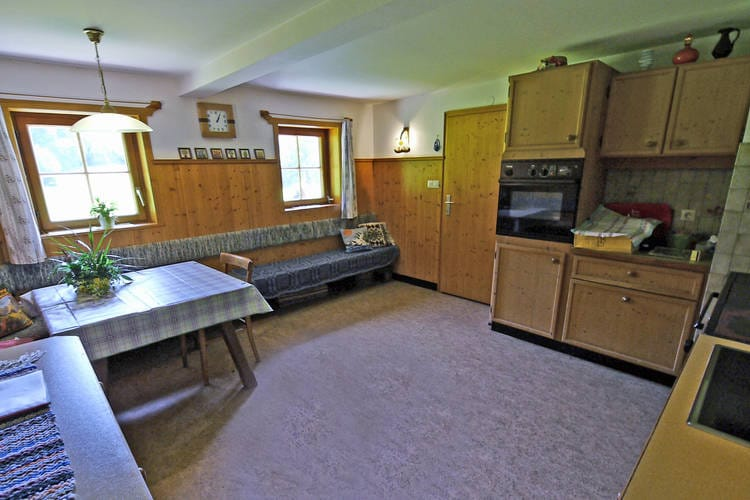 Ref: AT-9971-27 5 Bedrooms Price