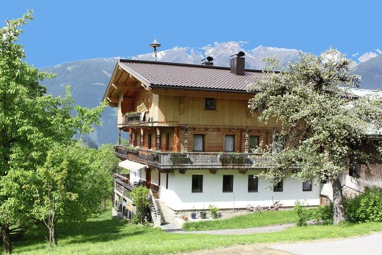 Oostenrijk | Tirol | Boerderij te huur in Zell-am-Ziller-Gerlosberg  aan zee  8 personen