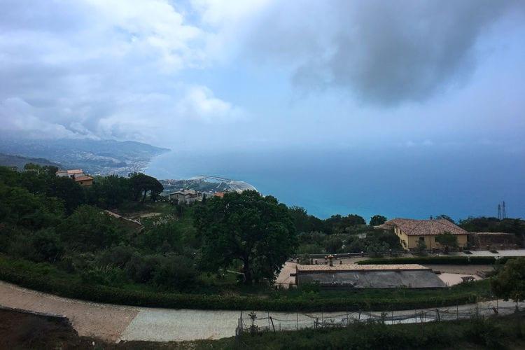 Boerderij Italië, Basilicata, Cetraro Boerderij IT-87022-01