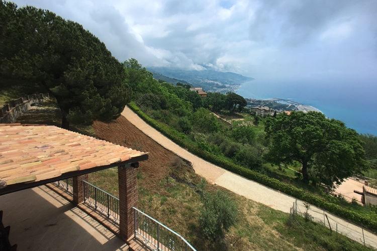 Cetraro Vakantiewoningen te huur Agritoerisme met uitzicht op zee