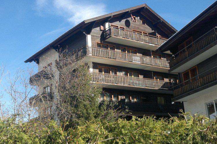 Vakantiehuizen Zwitserland | Jura | Appartement te huur in Grachen   met wifi 4 personen