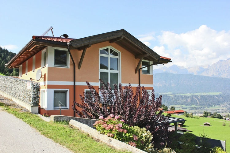 Oostenrijk | Tirol | Appartement te huur in Kolsassberg   met wifi 2 personen