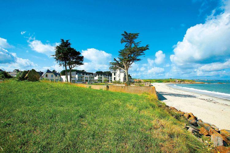 Plougasnou Vakantiewoningen te huur Appartementen in een residence met zwembad, aan een prachtig zandstrand.