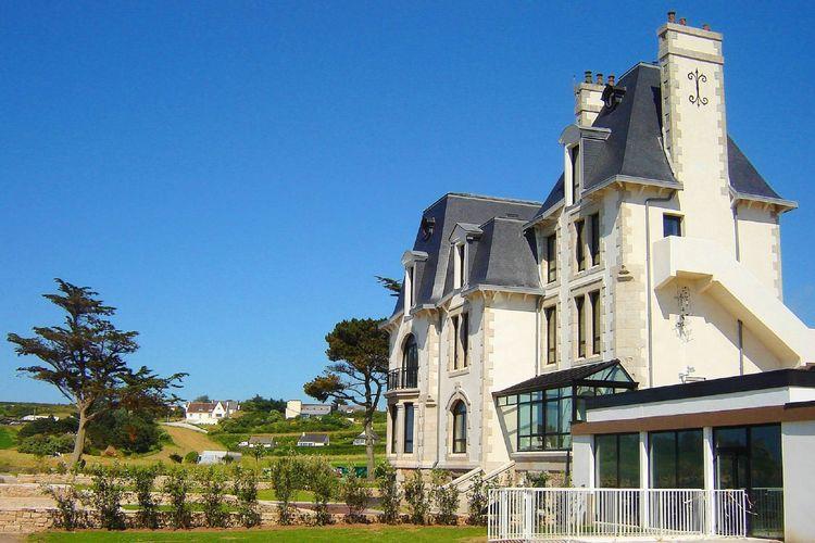 Appartementen Frankrijk | Bretagne | Appartement te huur in Plougasnou met zwembad  met wifi 4 personen