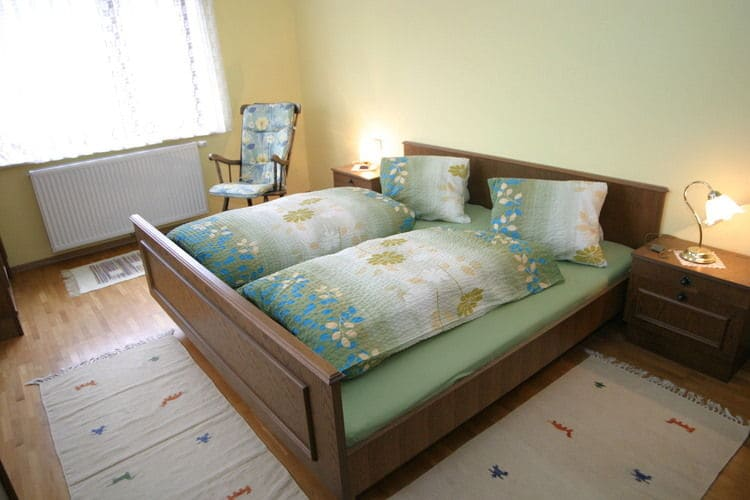 Ref: AT-9814-02 3 Bedrooms Price