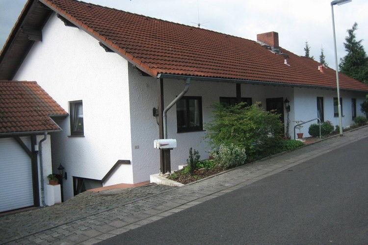 Appartement  met wifi  Glauburg  Klein appartement met terras aan de voet van de Vogelberg in Hessen