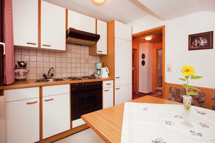 Waltl - Apartment - Fieberbrunn - PillerseeTal - Kitchen