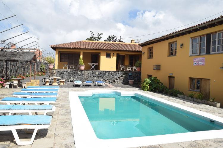 trfe Vakantiewoningen te huur Appartement met gemeenschappelijk zwembad op een landgoed van een boerderij.