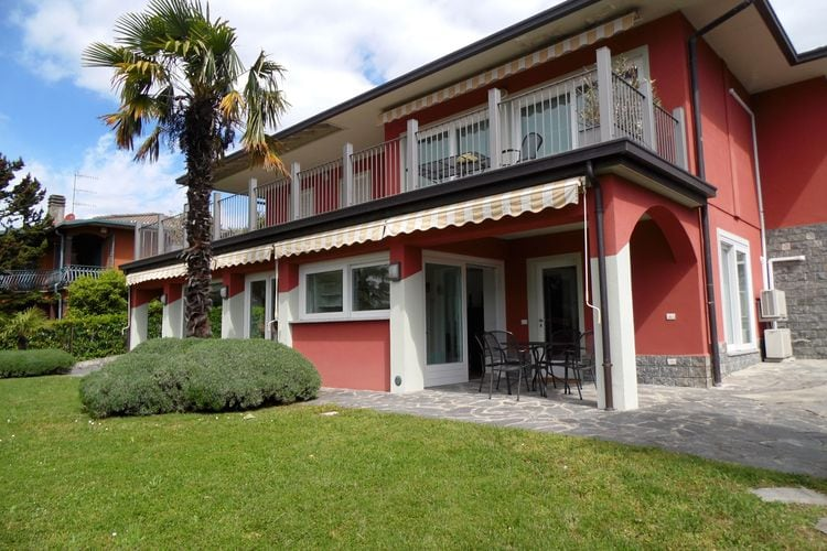 Villa  met wifi  Italiaanse MerenVarese Quattro