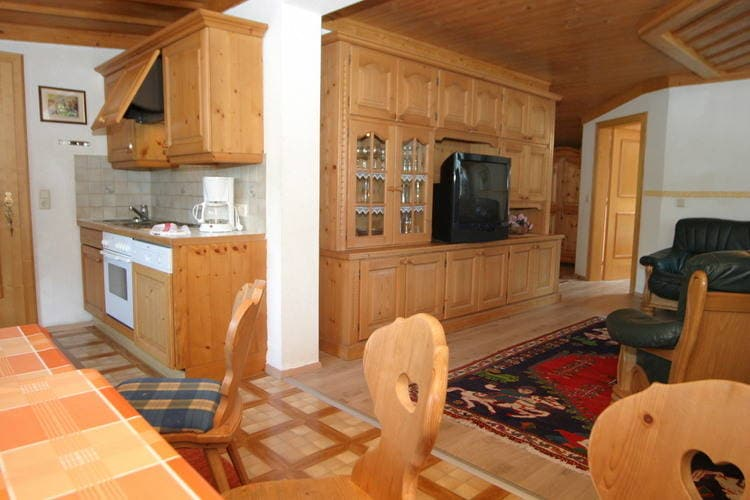 Ref: AT-5710-68 7 Bedrooms Price