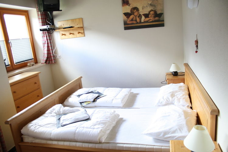 Ref: AT-5754-05 4 Bedrooms Price