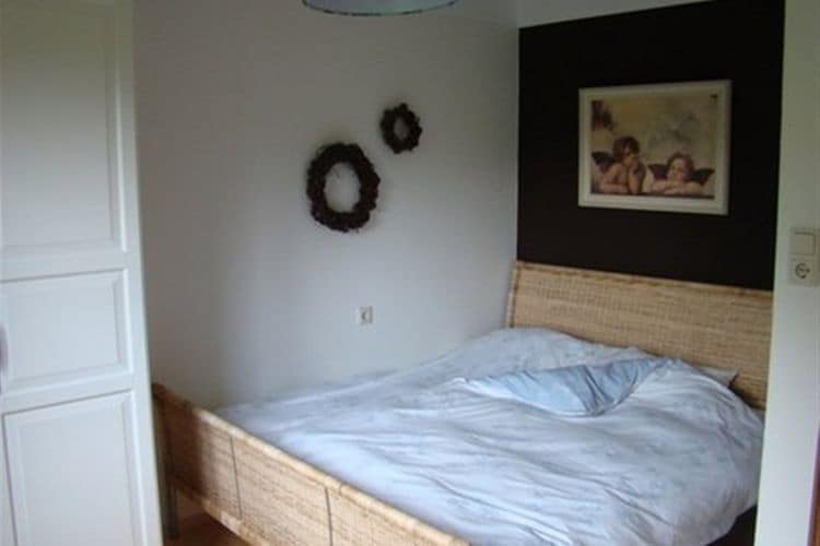 Ref: AT-5721-49 3 Bedrooms Price