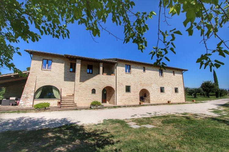 Vakantiehuizen Italie | Umbrie | Vakantiehuis te huur in Santa-Maria-Degli-Angeli met zwembad  met wifi 10 personen