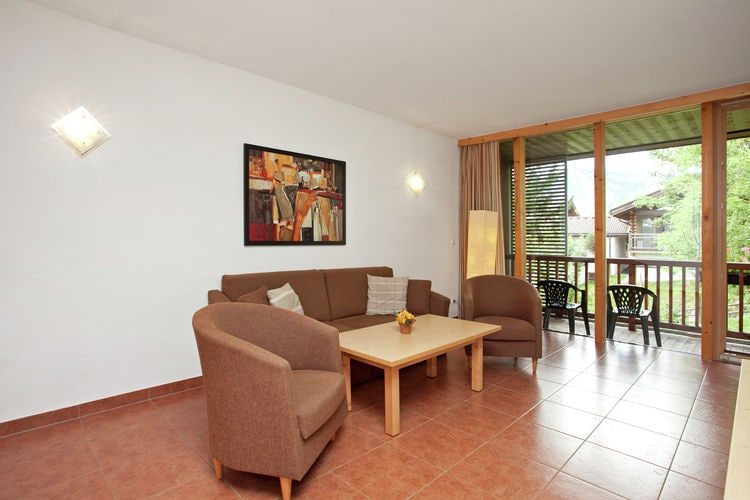 Ref: AT-5742-19 3 Bedrooms Price
