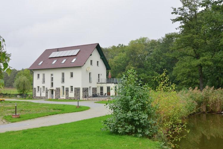 Appartement  met wifi  Friedland  Luxe appartement met groot balkon in Brandenburg