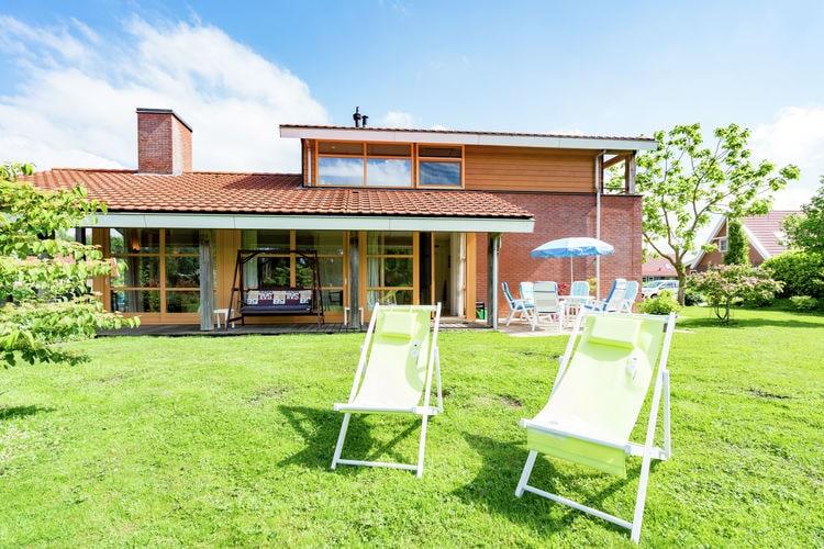 Villa met zwembad met wifi  Biddinghuizen  Flevohuis