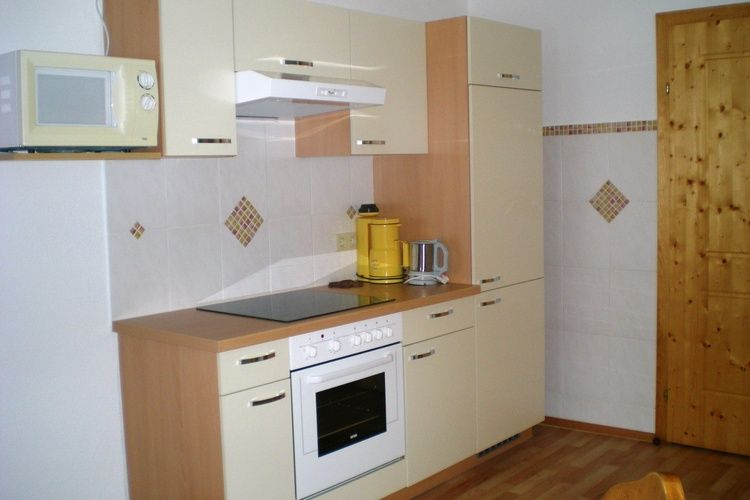Ref: AT-8965-06 5 Bedrooms Price