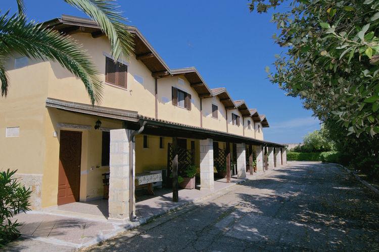 Appartement met zwembad   PugliaFrancesco