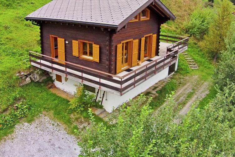 Zwitserland Chalets te huur Vijstaand chalet met terras op het zuiden, vrij uitzicht en compleet ingericht