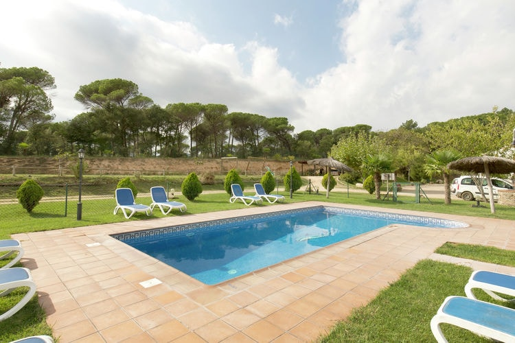 Vakantiehuizen Spanje | Costa-Brava | Vakantiehuis te huur in Riudarenes met zwembad  met wifi 15 personen