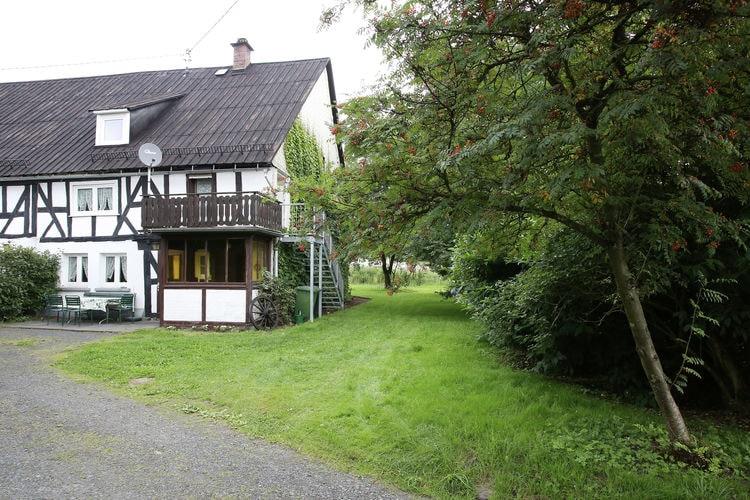 Vakantiewoning huren in Westerwald -   met wifi  voor 6 personen  Dit historische vakwerkhuis uit 17..