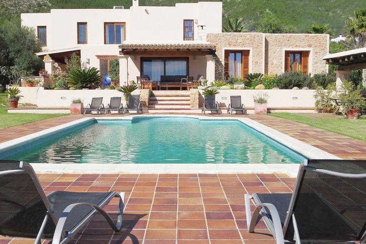 Villa met zwembad met wifi  Ibiza / Eivissa  Villa met privézwembad vlakbij Ibizastad op het eiland Ibiza