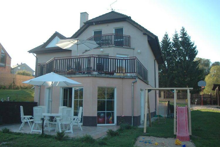 Villa Central Bohemia and Prague