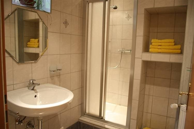 Ref: AT-5752-06 1 Bedrooms Price