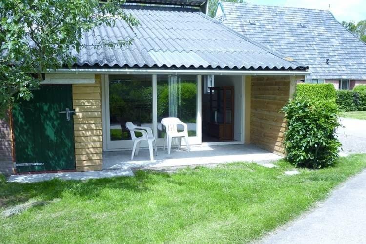 Friesland Boerderijen te huur Kindvriendelijk appartement op een boerderij met tuin in Fochteloo