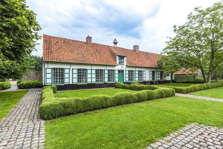 Belgie | West-Vlaanderen | Boerderij te huur in Beernem met zwembad  met wifi 18 personen