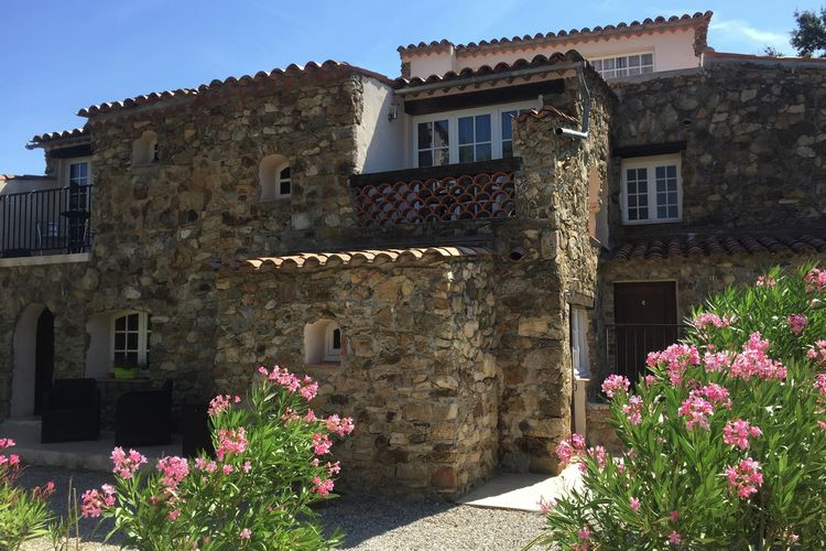 Vakantiehuizen Frankrijk | Provence-alpes-cote-d-azur | Vakantiehuis te huur in Plan-de-la-Tour met zwembad  met wifi 4 personen