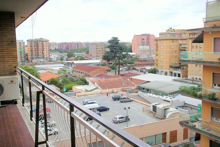 Roma Vakantiewoningen te huur Modern en ruim appartement in de wijk Tiburtina, vlakbij bij alle accommodaties.