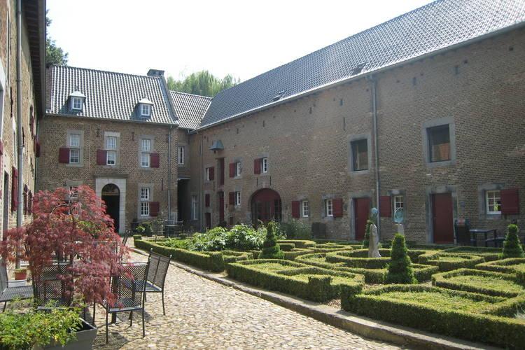 Appartementen Nederland | Limburg | Appartement te huur in Mesch-Eijsden   met wifi 6 personen