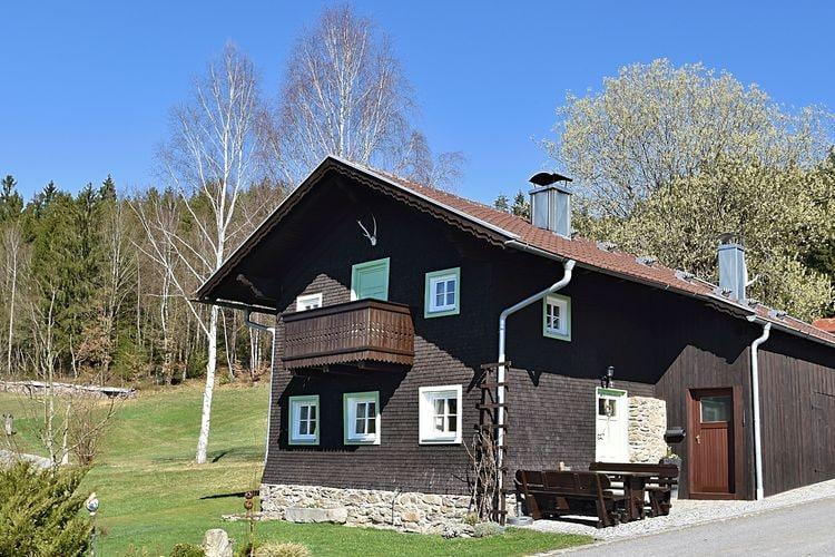Viechtach Vakantiewoningen te huur Vrijstaand en comfortabel 4-sterren vakantiehuis in het Beierse Woud