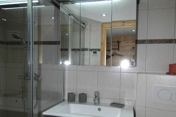 Appartement Zwitserland, Jura, Blatten Appartement CH-3914-11