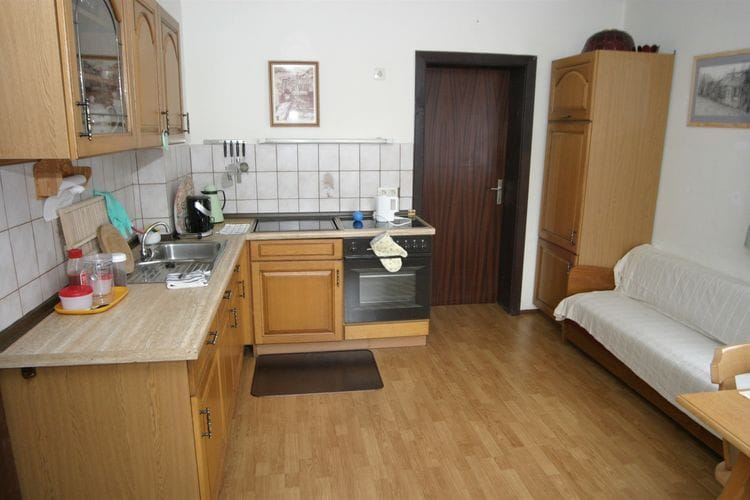 Ref: AT-9572-01 3 Bedrooms Price