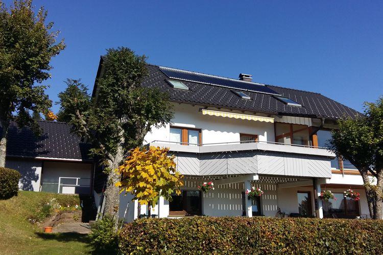 Appartement  met wifi  Freudenstadt  Licht en modern appartement in het noordelijke Zwarte Woud met balkon en gebruik van de tuin