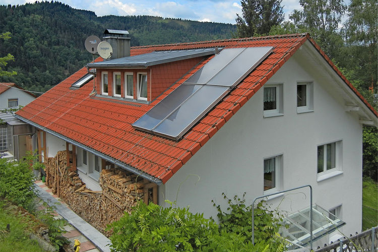 Duitsland | Baden-Wurttemberg | Appartement te huur in Schiltach met zwembad  met wifi 4 personen