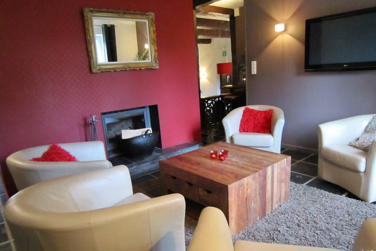 Ref: BE-4845-19 7 Bedrooms Price