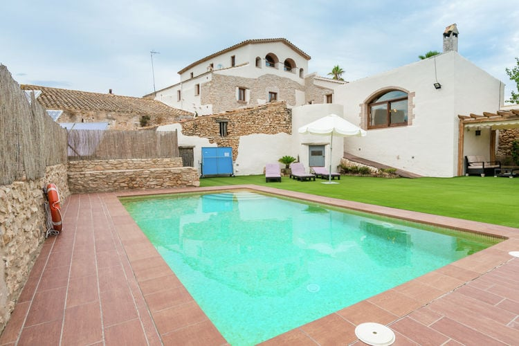 Vakantiehuis met zwembad met wifi  Costa DoradaMas Llagostera