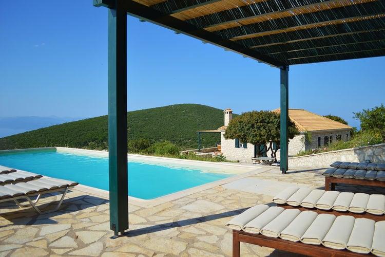 Villa met zwembad met wifi  Vasiliki  Villa Geofos