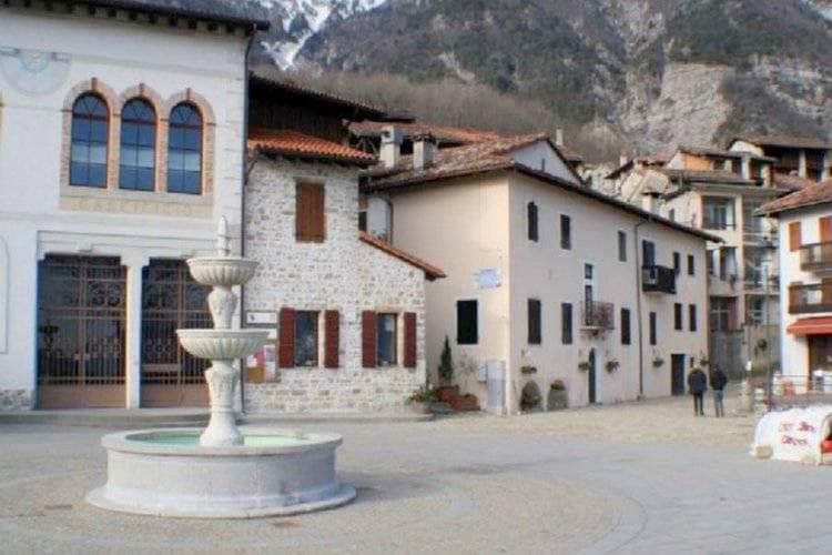 Appartement  met wifi  Frisanco  Typisch vakantiehuis in de buurt van het Natuurpark van de Dolomiti Friulane