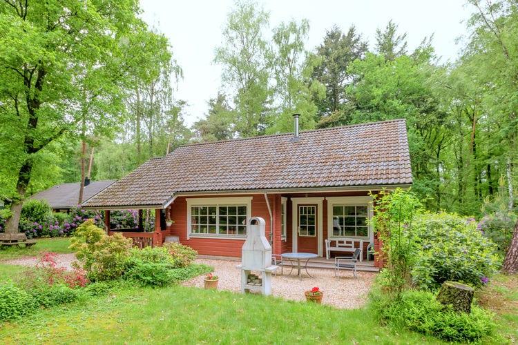 Bennekom Vakantiewoningen te huur Finse vakantiewoning met veranda in bosrijke omgeving, dichtbij de Hoge Veluwe