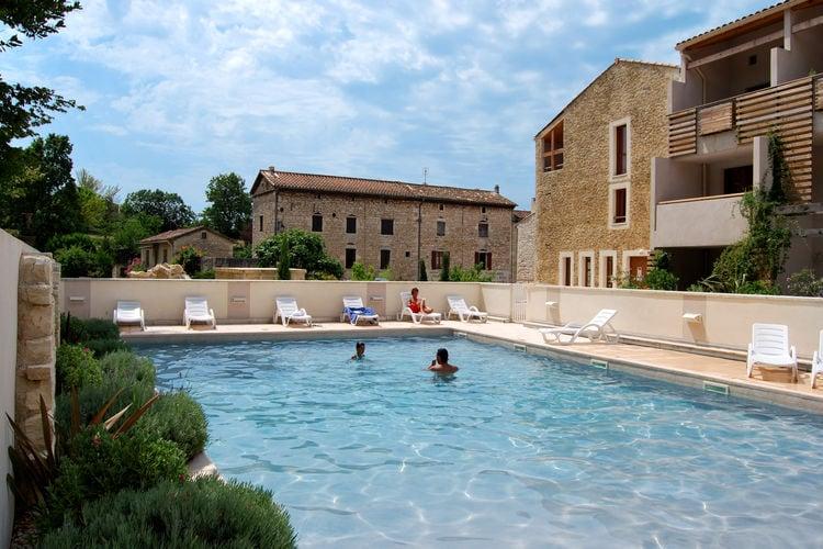 Appartement met zwembad met wifi  BarjacLa Closerie 4