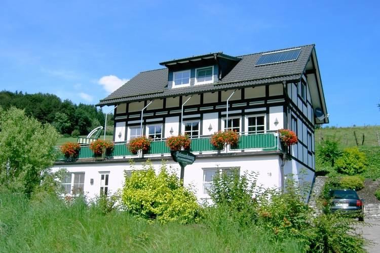Appartement  met wifi  Schmallenberg ot Niederhenneborn  Im Hennegrund