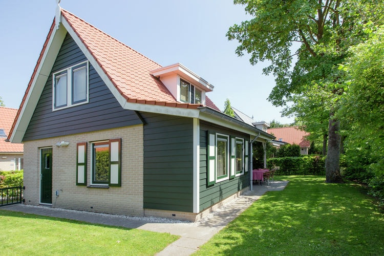 Kindvriendelijke woning met omheinde tuin op korte afstand van Grevelingenmeer