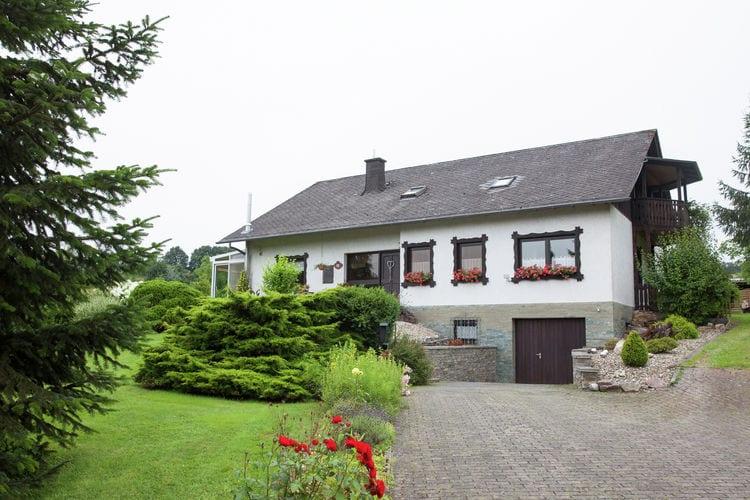 Duitsland | Moezel | Appartement te huur in Bengel-Springiersbach   met wifi 4 personen
