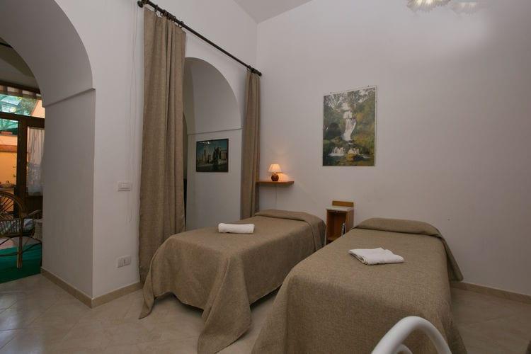 Woning Italie | Campania | Vakantiehuis te huur in Sorrento   met wifi 2 personen