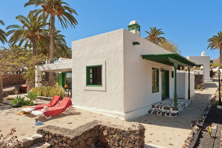 Spanje | Lnzt | Villa te huur in Haria met zwembad  met wifi 4 personen