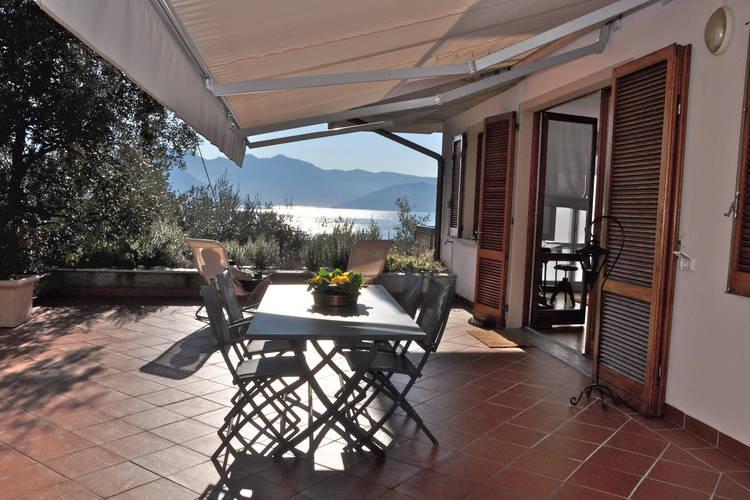 Appartement met zwembad met wifi  Riva di Solto  Romantica